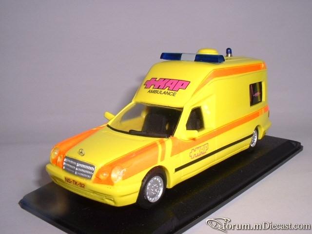 Mercedes-Benz W210 250 TE Ambulance Nederland Miniroute