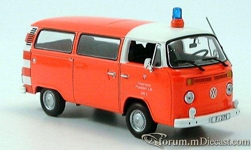 VW T2 Bus, Feuerwehr Frankfurt 1976 Minichamps
