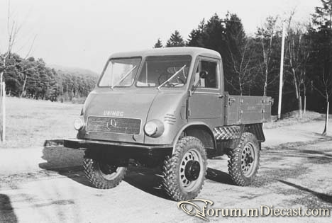 Mercedes_Benz_Unimog_25_PS.jpg