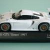PORSCHE 911 GT1 WHITE Mini Car FAN
