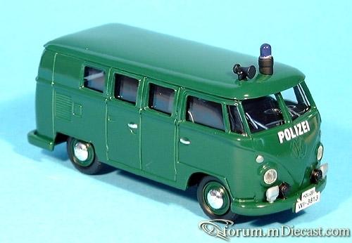 VW Bully der Polizei Hessen von 1962 Vanguard
