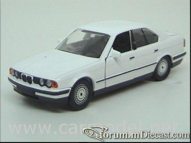 BMW E34 5-series 4d 1988 Schabak.jpg