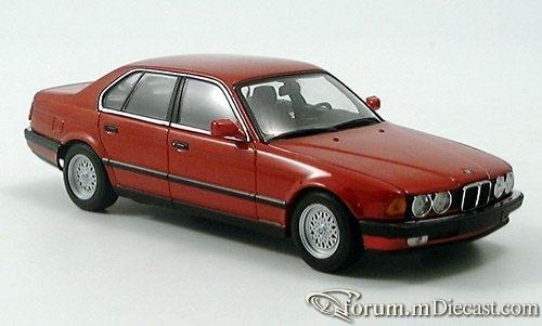 BMW E32 7-series 1986 Minichamps.jpg
