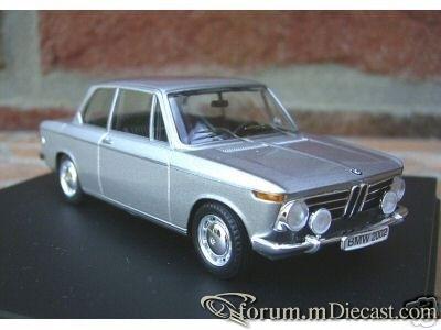 BMW 2002 1968 Trofeu.jpg