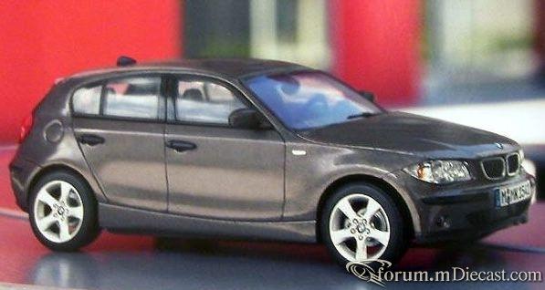 BMW E87 1-series 2004 Autoart.jpg