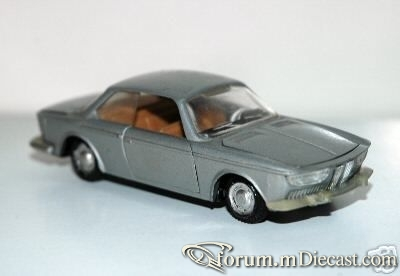 BMW 2000CS Jacques.jpg