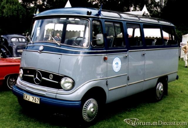 Mercedes-Benz 1964 buss.jpg
