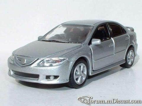 Mazda 6 2000 5d MTech.jpg