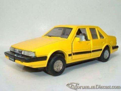 Mazda Capella Clover.jpg