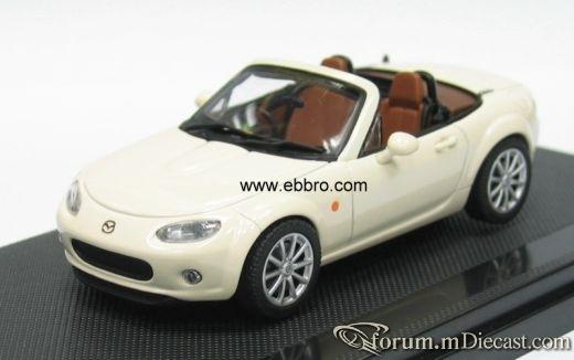 Mazda MX5 2005 Ebbro.jpg