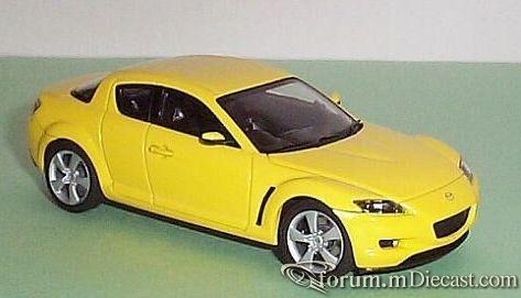 Mazda RX8 2004 Autoart.jpg