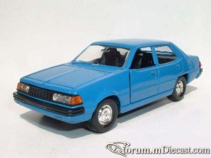 Mitsubishi Sigma 1980 4d Diapet.jpg