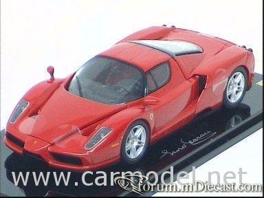 Ferrari Enzo 2002 Kyosho.jpg