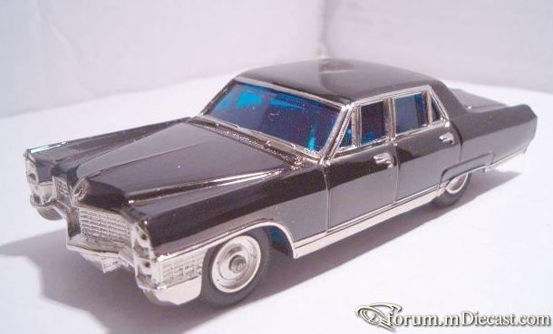 Cadillac 60 1965 Fleetwood Sakura.jpg