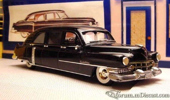 Cadillac 62 1952 6d Elegance.jpg