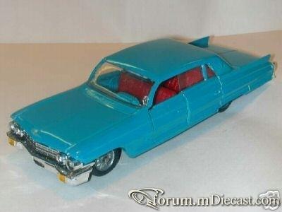Cadillac 60 1962 4d Politoys.jpg