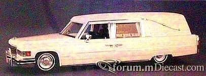 Cadillac 1976 Hess-Eisenhardt Elegance.jpg