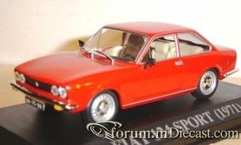 Fiat 124 Coupe 1971 Ixo.jpg
