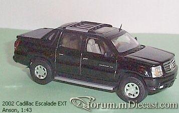 Cadillac Escalade 2002 EXT Anson.jpg