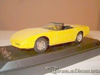 Chevrolet Corvette 1984 Cabrio Solido.jpg