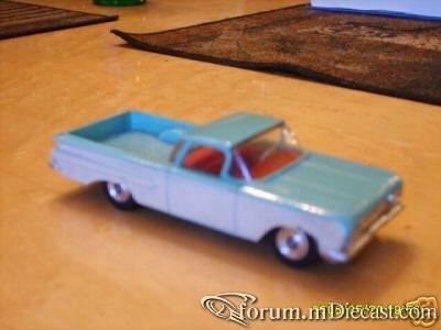 Chevrolet El Camino 1959 Dinky.jpg