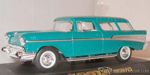 Chevrolet Nomad 1957 Yatming.jpg