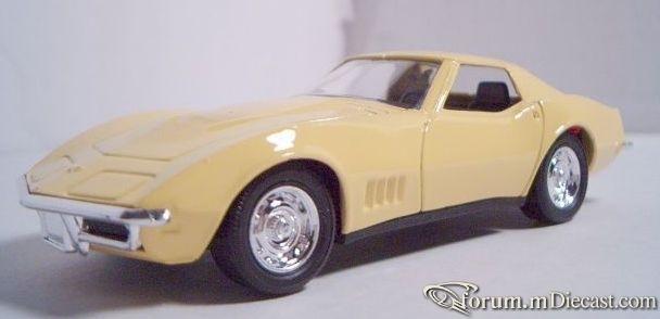 Chevrolet Corvette 1968 Coupe Majorette.jpg