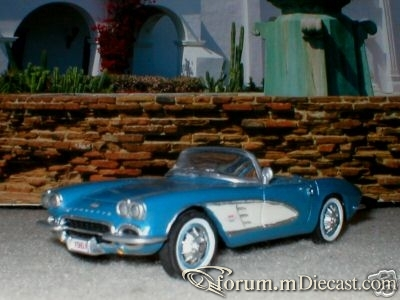 Chevrolet Corvette 1962 Cabrio Danbury Mint.jpg