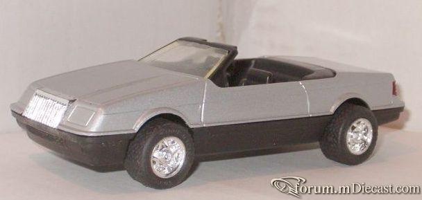 Chrysler Lebaron 1987 Cabrio Tootsietoy.jpg