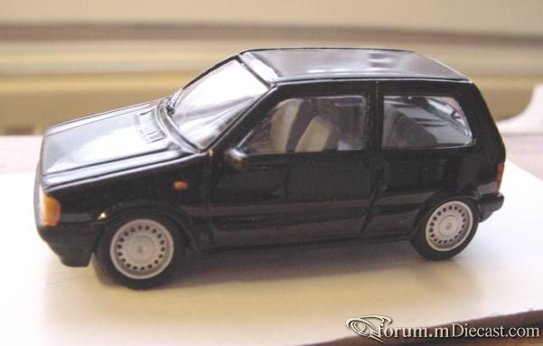 Fiat Uno 1989 3d Millesime.jpg