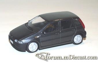 Fiat Punto 1994 5d Giocher.jpg