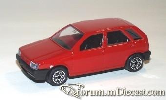 Fiat Tipo 5d 1988 Bburago.jpg