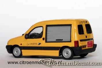 Citroen Berlingo 1997 Van-1 Eligor-RobB.jpg