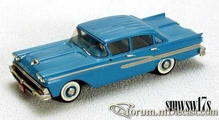 Ford Custom 300 Small Wheels.jpg