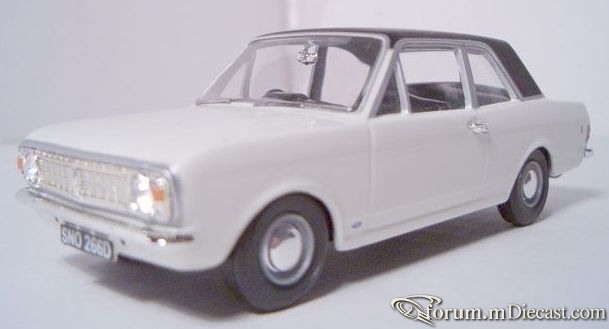 Ford Cortina Mk.II GT Vanguards.jpg
