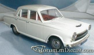 Ford Cortina Mk.I 4d.jpg