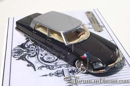 Citroen DS Chapron Presidentielle 1968 Heco.jpg