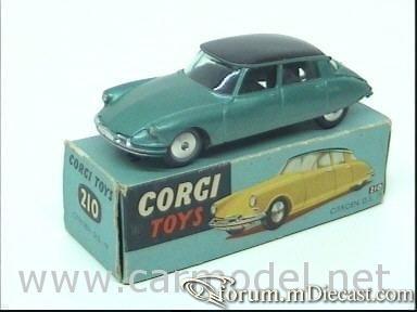 Citroen DS19 4d 1956 Corgi.jpg