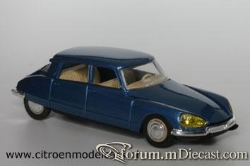 Citroen DS21 4d 1968 Eligor.jpg
