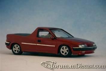 Citroen Xantia 1998 Pickup Bburago-RobB.jpg