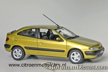 Citroen Xsara 1998 Coupe Norev.jpg