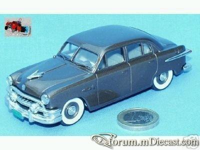 Ford Victoria 1951 4d.jpg