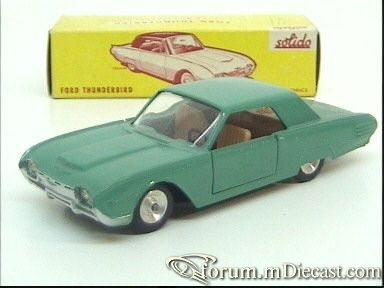 Ford Thunderbird 1961 Hardtop Solido.jpg