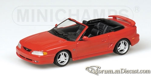 Ford Mustang 1994 Cabrio Minichamps.jpg