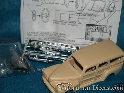 Ford Woody 1946 Provence Moulage.jpg
