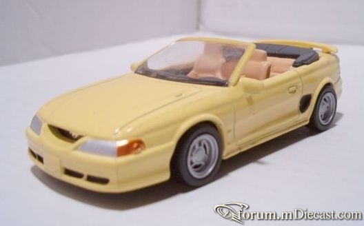 Ford Mustang 1996 GT Cabrio New Ray.jpg