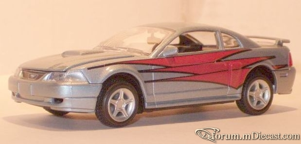 Ford Mustang 1999 GT Modifiers.jpg