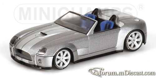 Ford Shelby Cobra 2004 Minichamps.jpg