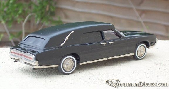 Ford Thunderbird 1967 Hearse Brooklin-Roberts.jpg