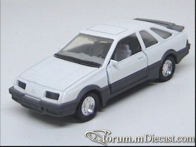 Ford Sierra Mk.I RXR4i.jpg